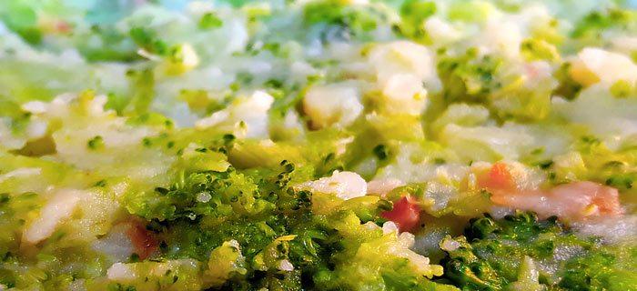 Stamppot broccoli met spekjes en ei