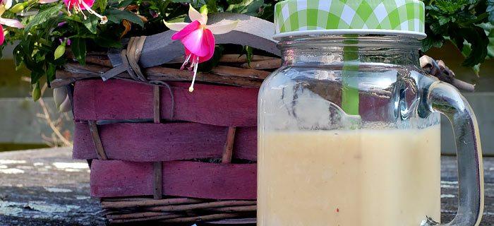 Zomerse smoothie met Galia meloen, perzik en avocado