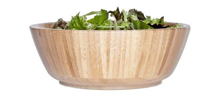 Zeven mooie saladeschalen en slakommen