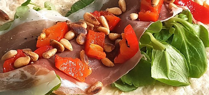 Wraps met parmaham, gegrilde paprika, veldsla en truffelmayonaise