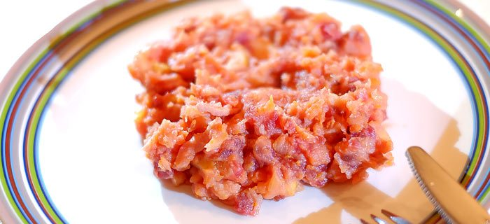 Bietenstamppot met wortel, appel en gebakken spekjes