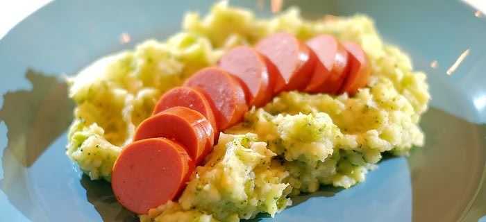 Broccoli koolrabi stamppot met rookworst