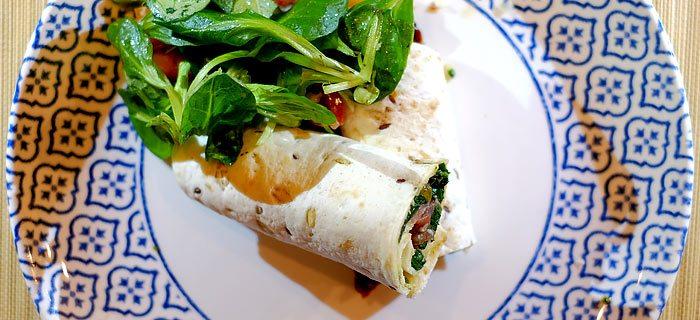 Wraps met pesto, bladspinazie, parmaham en mozzarella
