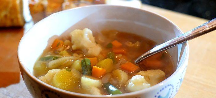 Makkelijke groentesoep met soepballetjes