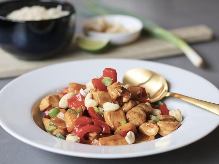 Zoete kip cashew met notenrijst van Beaufood