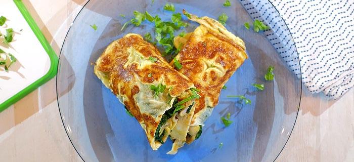 Omeletwraps met spinazie, champignons en kippendij