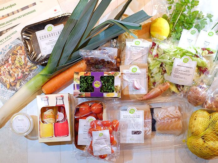 Gebakken kabeljauwfilet met botersaus, zoete parelcouscous, peen en tomaat