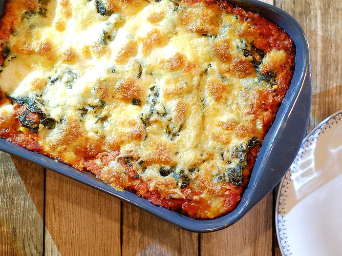 Lasagne met spinazie, tomatensaus en mozzarella