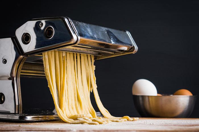 Pastamachine om zelf pasta te maken