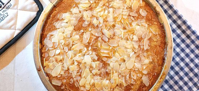 Speculaas-boterkoek met zeezout en amandelschaafsel