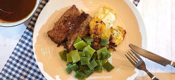 Gehaktbrood met pancetta, gratin dauphinois en snijboontjes