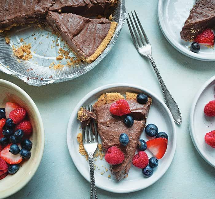 Chocolademousse uit het Blue Zones kookboek van Dan Buettner